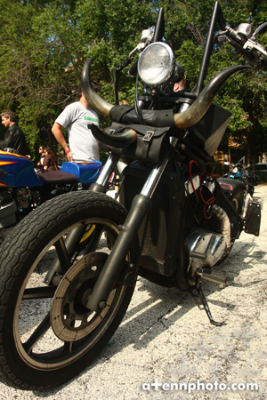 modsvsrockers_motorcycle-horns